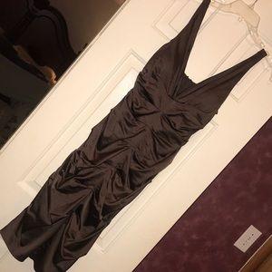 Dresses & Skirts - ruched midi dress